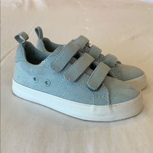 Old Navy suede Velcro shoes sneakers